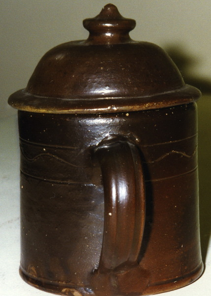 Handle view of lidded sugar jar. ai10a.