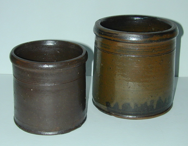 Two small jars of similar form. ai27.